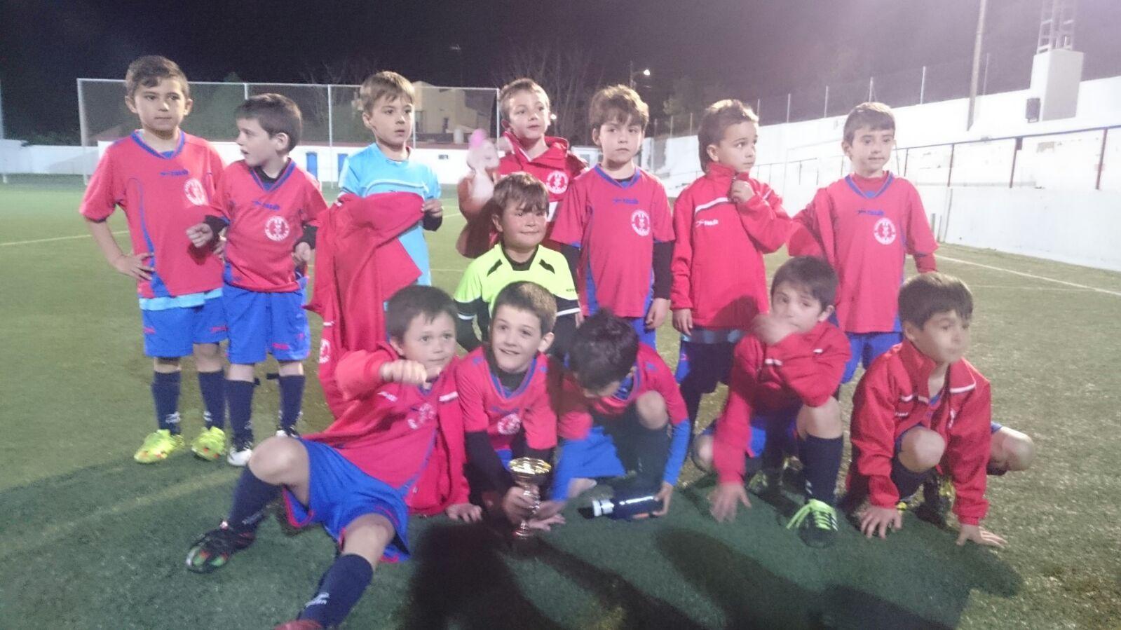 El equipo de fútbol prebenjamín alcanza el subcampeonato en un Torneo de Fútbol