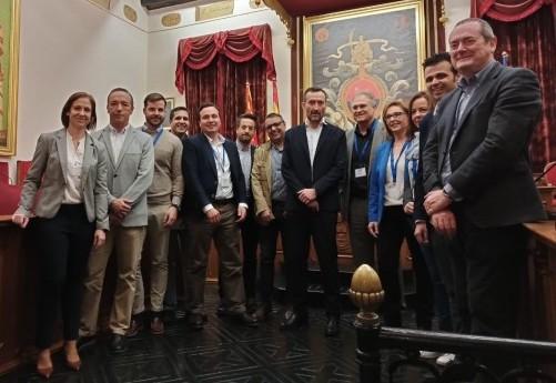 El alcalde  de Loriguilla visita el Parque Empresarial de Elche con una delegación de la Mancomunitat de Camp de Túria
