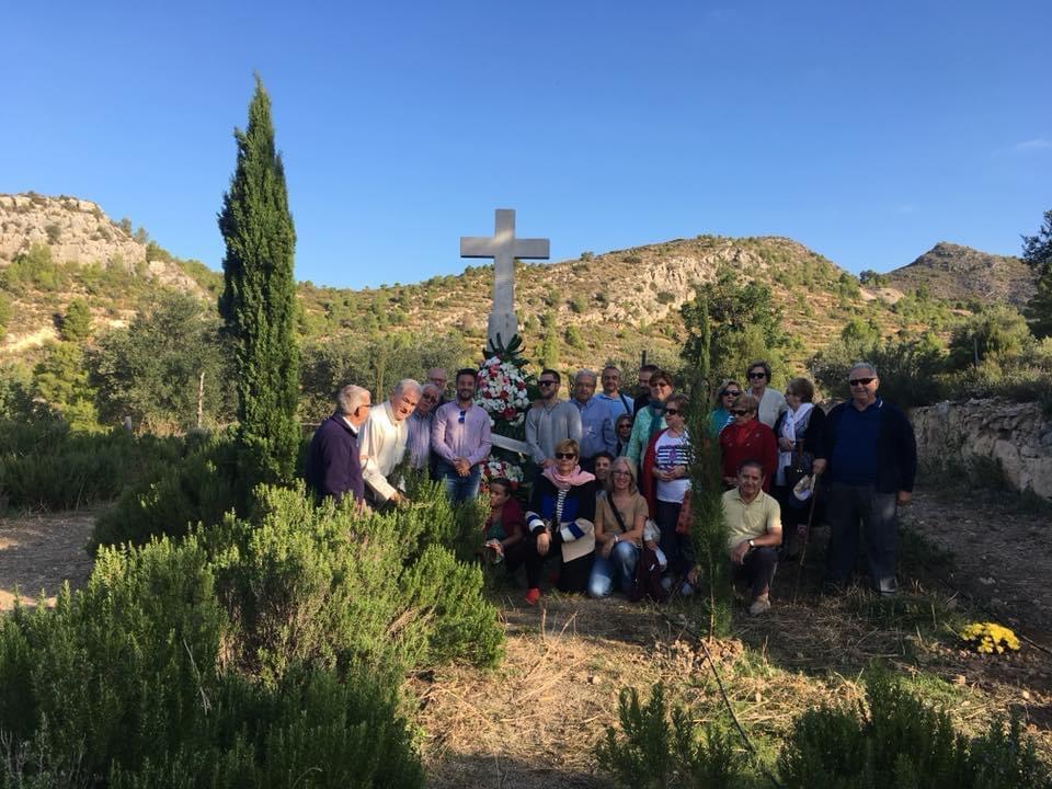 El Ayuntamiento de Loriguilla colocará flores en el cementerio del Pueblo Viejo en recuerdo de las personas que vivieron allí