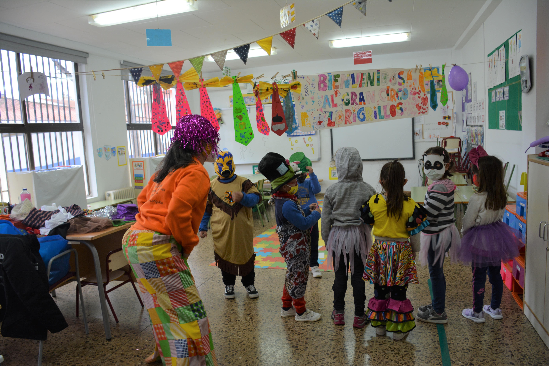 El alumnado del Taller de Empleo realiza sus prácticas formativas en la Escuela de Pascua de Loriguilla
