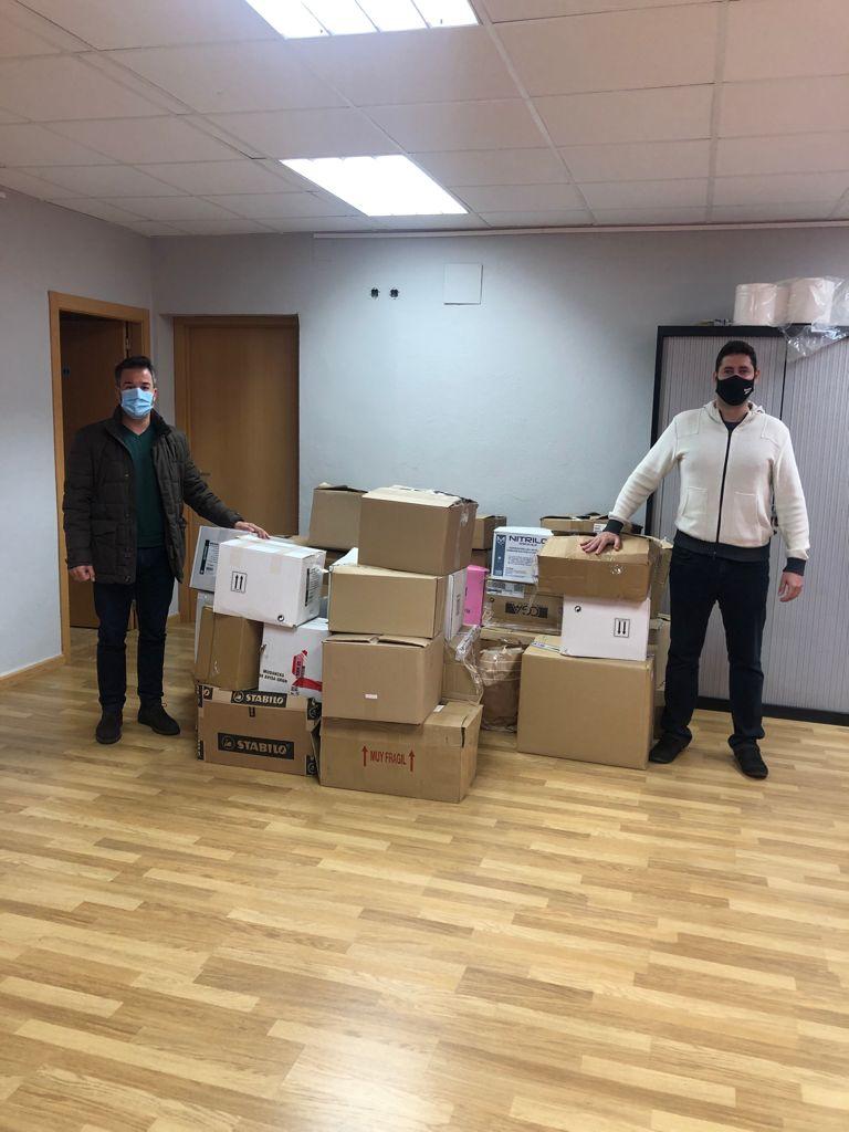 El Ayuntamiento de Loriguilla dona varias cajas de libros a la Biblioteca Solidaria Misionera