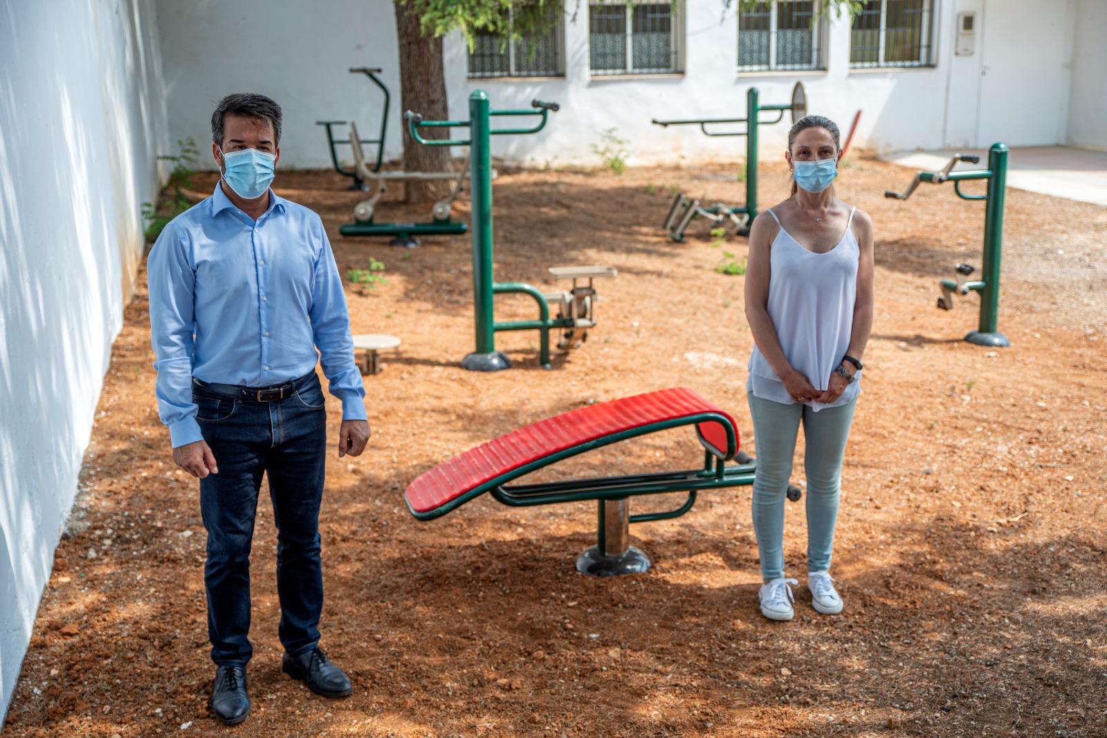 Loriguilla estrena un parque biosaludable para toda la ciudadanía ubicado en la calle mayor