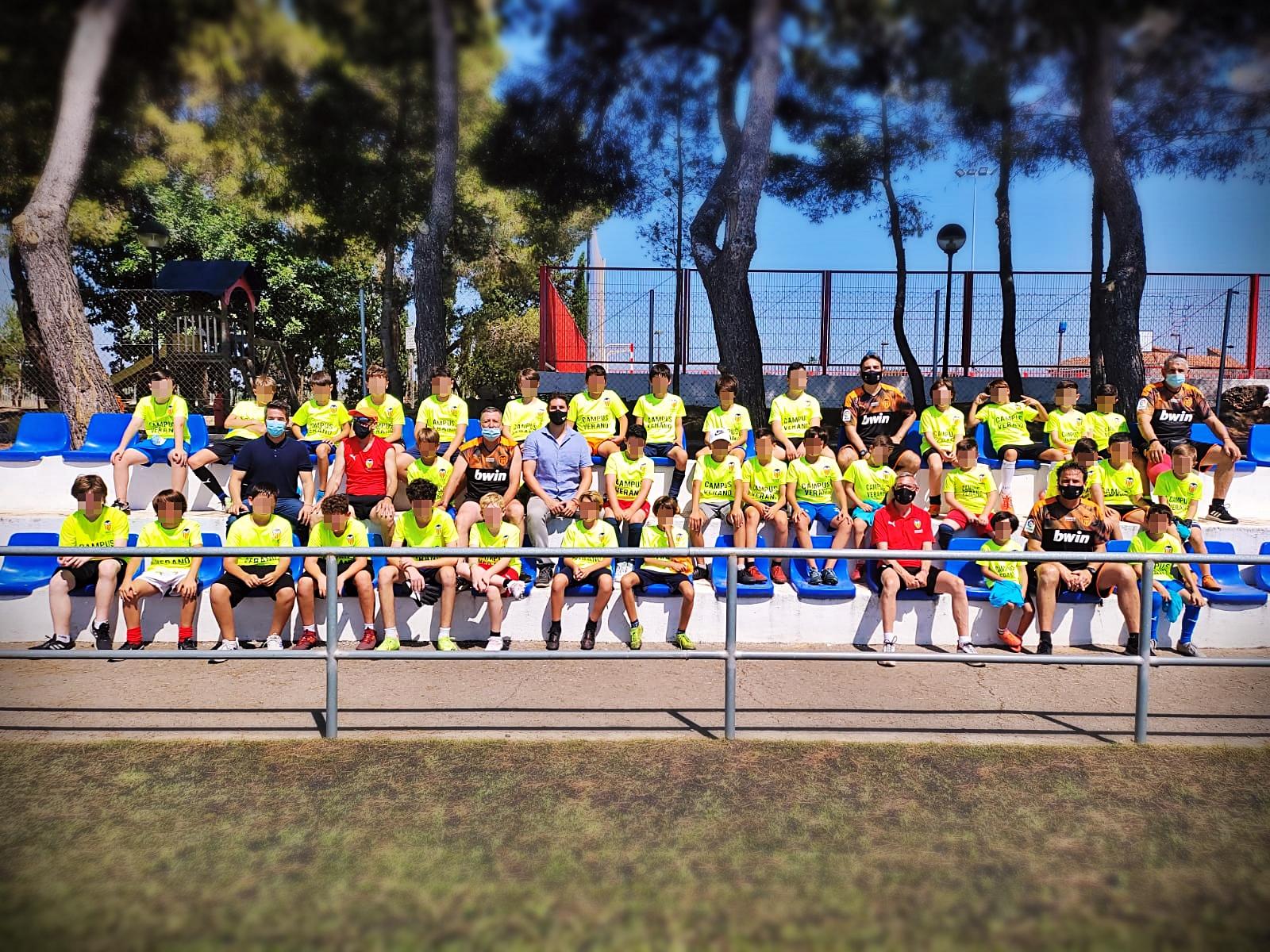 Loriguilla inaugura el Campus de Fútbol de Verano para los más jóvenes